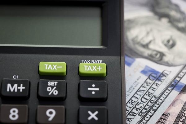 maestria impuestos